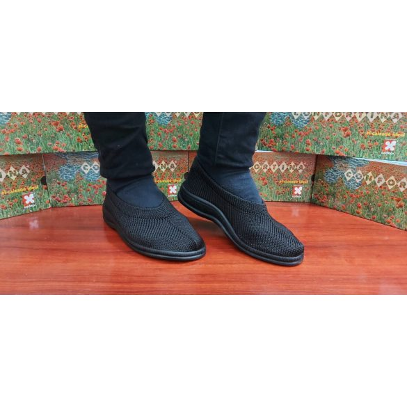 Confortina Kényelmi cipő 38-as 02 fekete
